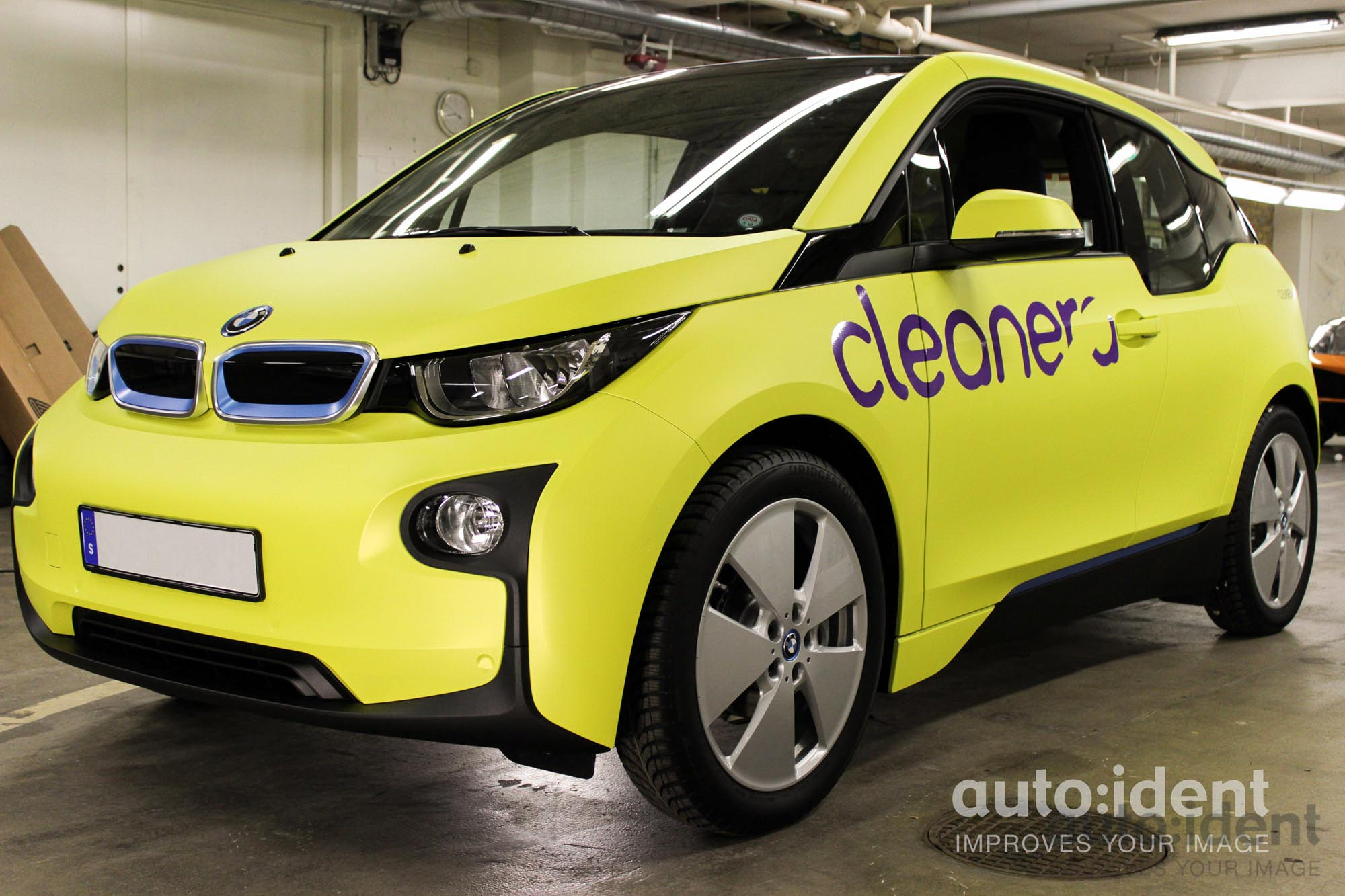 Cleanera - BMW i3 - Aluminum Yellow - Auto Ident