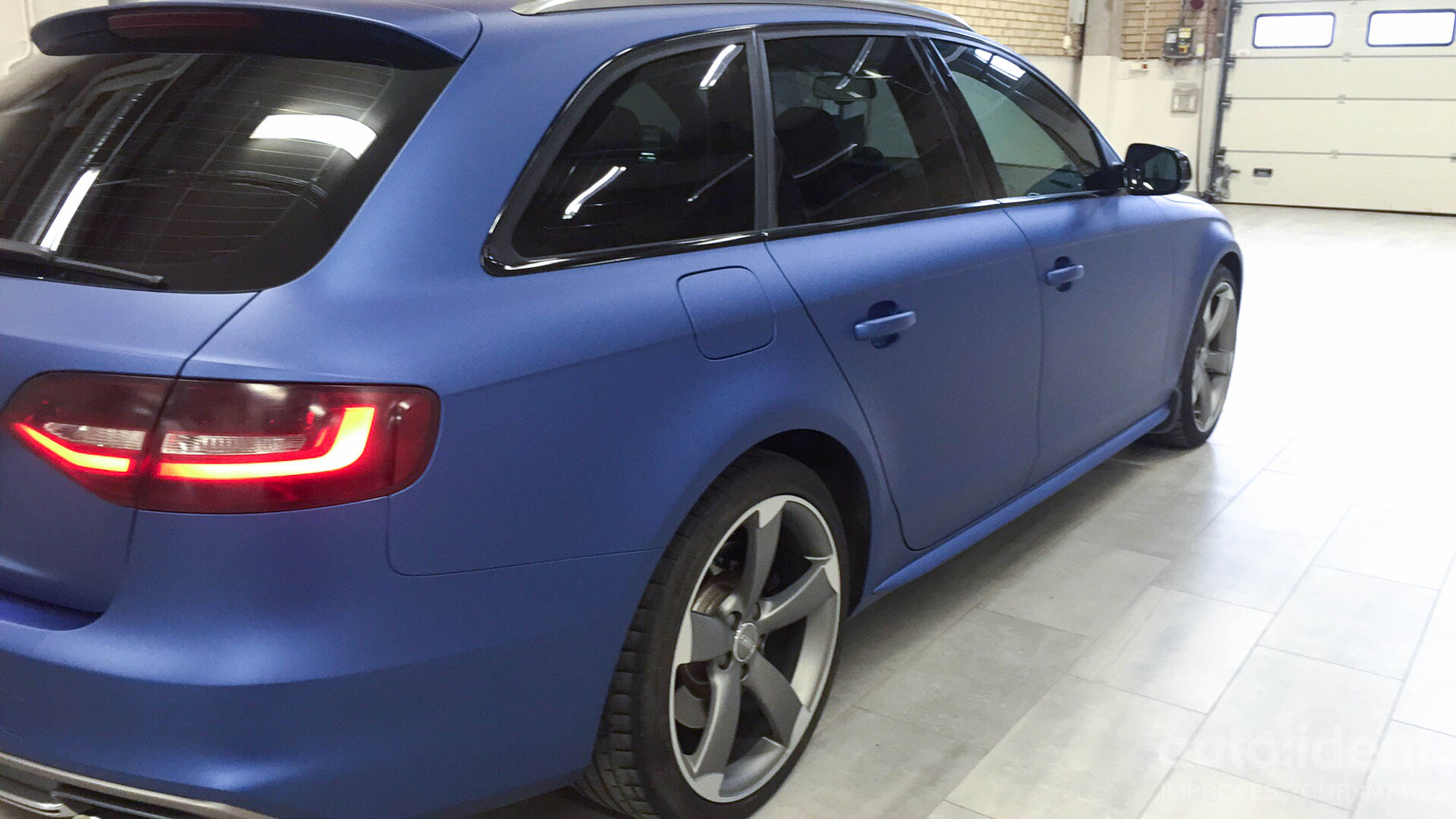 Audi A4 Matte Metallic Slate Blue Back Auto Ident
